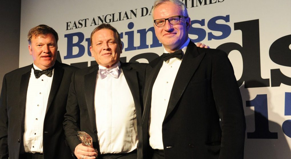 MEL Aviation win Family Business of the Year Award 2015